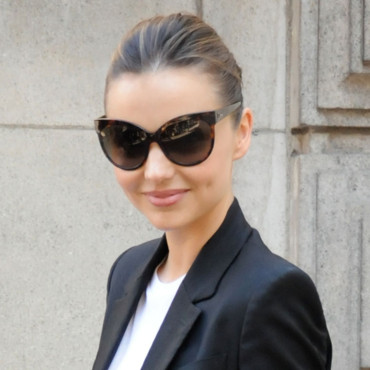 Miranda Kerr au défilé Stella McCartney Fashion Week Paris