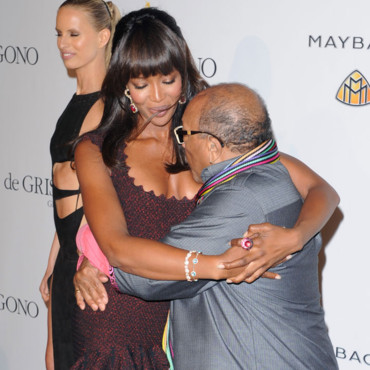 Naomi Campbell Quincey Jones AmfAR Bêtisier Cannes 2011