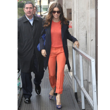 Jessica Biel et son look orange vitaminé