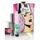 "Kit ""Show Me The Love"", Benefit. Contient : 1 mascara ""They're Real"", un blush liquide joues et lèvres ""Benetint"" et 1 mini-base de teint ""POREfessional"". Prix : 47 euros"