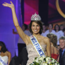 Miss France 2011 Laury Thilleman
