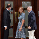 Carole et Michael Middleton, parents de Kate Middleton, devant l'hôpital St Mary le 23 juillet 2013