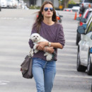 Look du jour : Alessandra Ambrosio en mode casual à Los Angeles