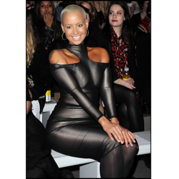 AMBER ROSE DEFILE DE MODE ASHISH