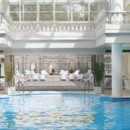 Piscine du spa Trianon Palace