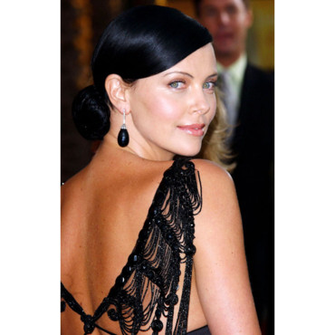 Charlize Theron brune Screen Actors Guild Awards 2005