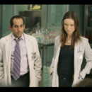 people : Peter Jacobson et Olvia Wilde