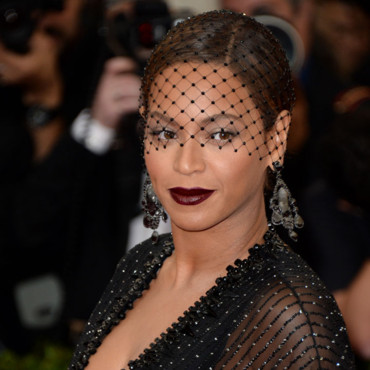 "Beyoncé au Met Gala 2014, pour l'ouverture de l'exposition ""Charles James : Beyond Fashion"", au ""Anna Wintour costume center"", à New York, lundi 5 mai 2014."