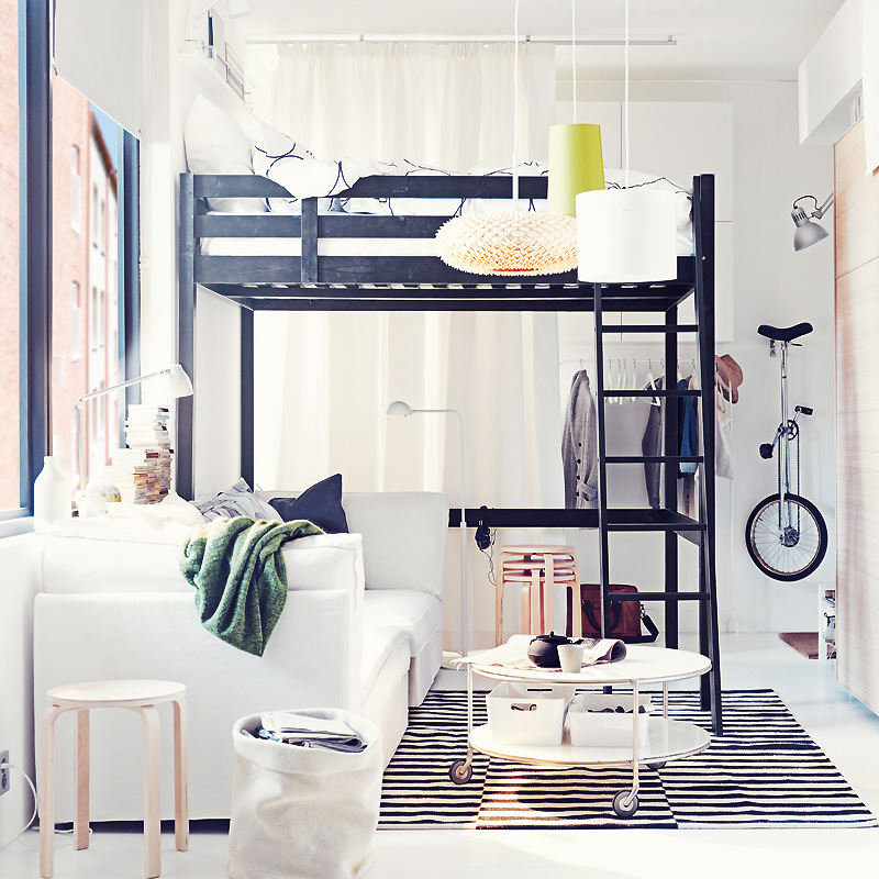 4 astuces pour faire un palace de son petit studio. Black Bedroom Furniture Sets. Home Design Ideas
