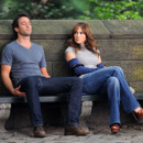 Alex O'Loughlin de Moonlight vampirise Jennifer Lopez