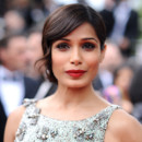 Freida Pinto au Festival de Cannes 2013 pour la projection du film Jeune et Jolie de Franois Ozon
