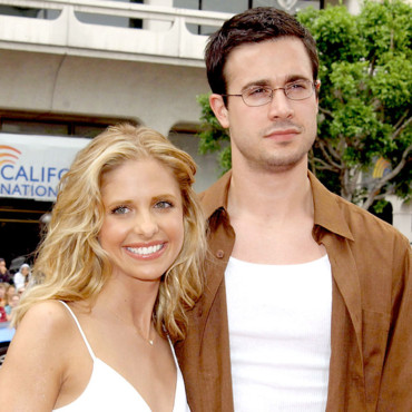 Sarah Michelle Gellar couple