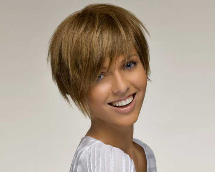 Coupe cheveux courts femme destructuree