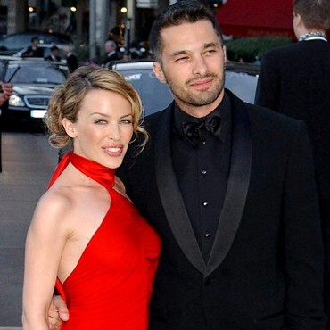Kylie Minogue couple