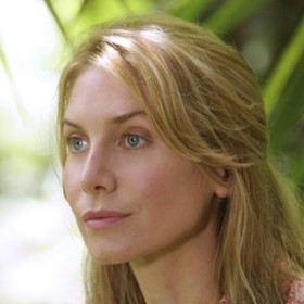 peopel : Elizabeth Mitchell