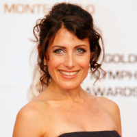 Dr House en images : les coiffures de la belle Lisa Edelstein (Dr Cuddy)
