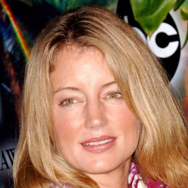 people : Cynthia Watros