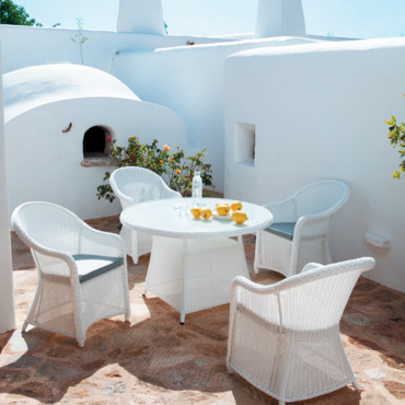 12 salons de jardin pour un ap ritif chic et outdoor salon de jardin mykonos maisons du. Black Bedroom Furniture Sets. Home Design Ideas