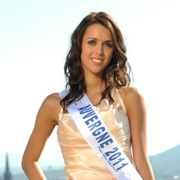 Miss Auvergne 2011 - Célia Goninet - Candidate Election Miss France 2012