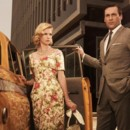 Mad Men - Saison 3. Série créée par Matthew Weiner en 2007. Avec : Jon Hamm, Elisabeth Moss, Vincent Kartheiser et January Jones