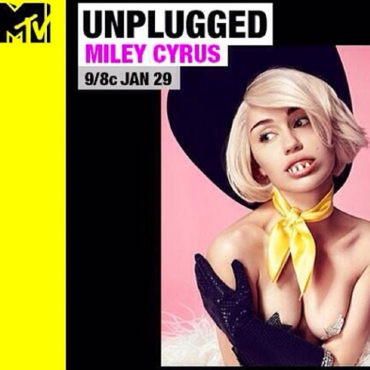 Miley Cyrus pose pour son concert MTV Unplugged