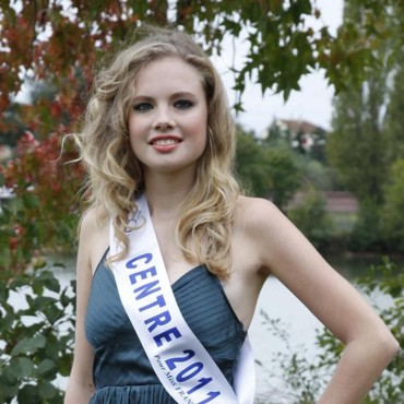 Miss Centre 2011 - Laure Wojnecki - Candidate Election Miss France 2012