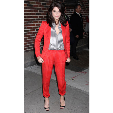 Ashley Greene en Botega Veneta