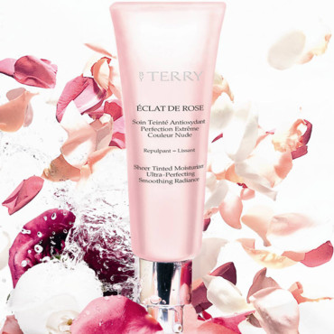 Tendance maquillage : fond de teint Eclat de rose By terry