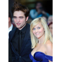 Robert Pattinson : un beau gosse en promo internationale
