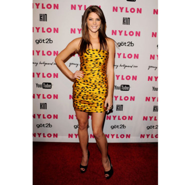 Ashley Greene en mode -Maya l'abeille-
