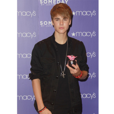 Justin Bieber et son parfum Girlfriend