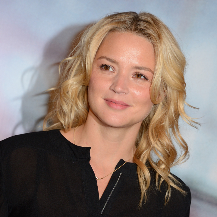 look beaut du jour virginie efira beaut naturelle pour en solitaire beaut. Black Bedroom Furniture Sets. Home Design Ideas