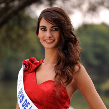 Miss Pays de Loire 2011 Mathilde Couly - Candidate Election Miss France 2012