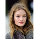 Rosie Huntington Whiteley défilé Burberry Fashion Week londres fév 2012