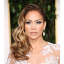 Jennifer Lopez et son one shoulder lors des Golden Globes 2013 le 13 janvier 2013 à Los Angeles