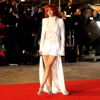 Photo : Mylène Farmer sur le tapis rouge des NRJ Music Awards
