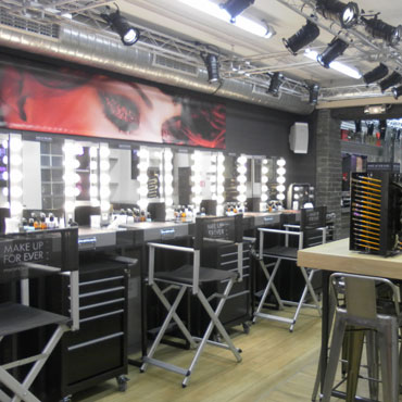Make Up School - Make Up For Ever