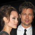 People : Angelina Jolie raconte sa love story avec Brad Pitt