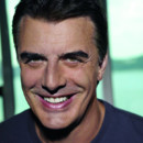 Chris Noth, alias Mr Big, égérie de soins Biotherm