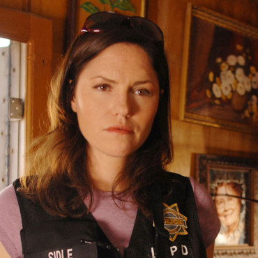 Jorja Fox dans LES EXPERTS