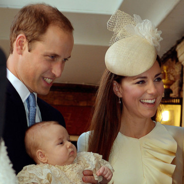 Le prince William, le prince George et Kate Middleton pour le baptême du prince George, le 23 octobre, dans la chapelle du palais St James à Londres