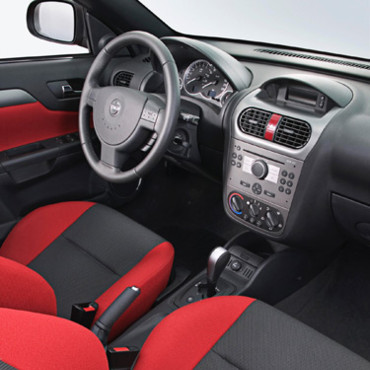Int rieur design loisirs for Interieur opel tigra 2000