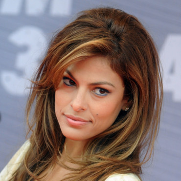 Eva Mendes et son brushing XXL