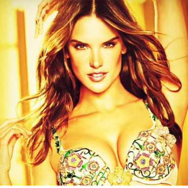 alessandra-ambrosio-victori