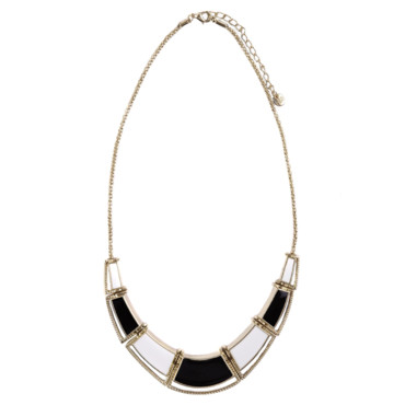 Collier rigide pièces B&W Pull and Bear à 12,99 euros