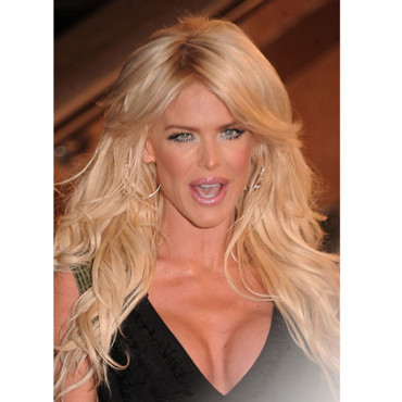 Victoria Silvsted sexy