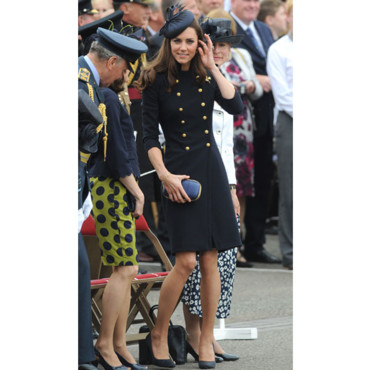 Kate Middleton Princesse Catherine look militaire