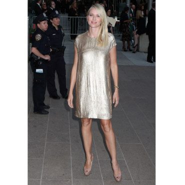 Naomi Watts aux CFDA Awards 2011