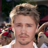 Photo : le regard de Chad Michael Murray
