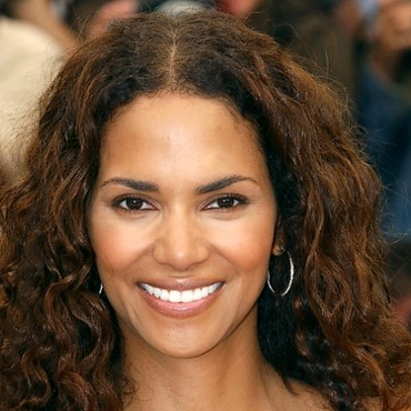 Plurielles.fr > People : Halle Berry